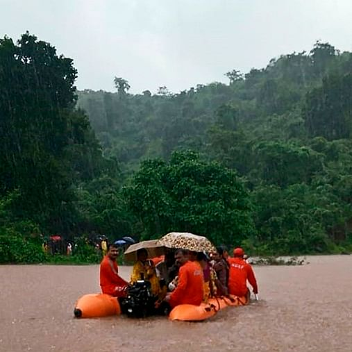 Mumbai Rains: 300 people stranded in Kalyan rescued