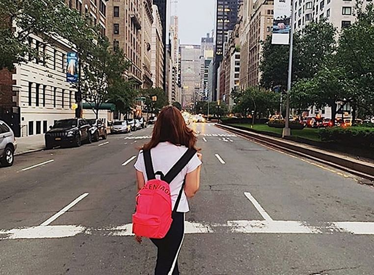 Watch Alia Bhatt take a stroll on the streets of New York city with beau