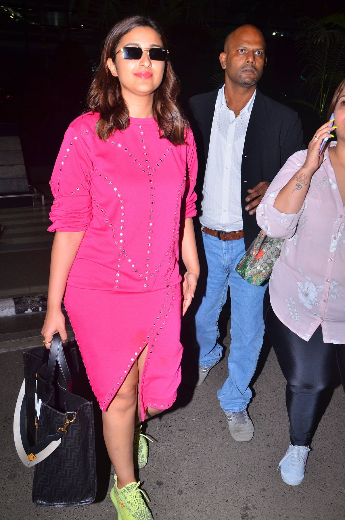 Parineeti Chopra who is busy promoting her film with Sidharth Malhotra was spotted at airport on her way back from Ahemdabad.