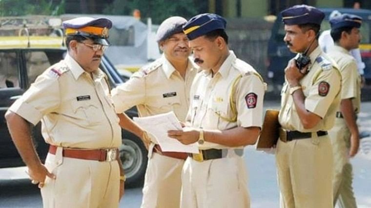 Mumbai: Cops parade history-sheeter to 'remove fear' of local residents