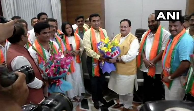 10 Goa Cong MLAs join BJP, swearing-in of ministers on Friday