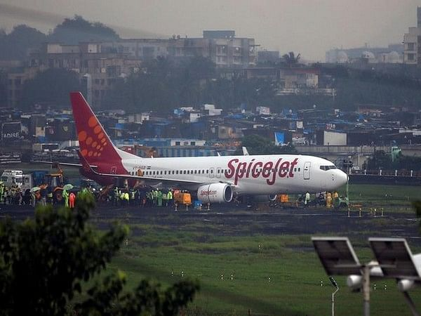 SpiceJet technician dies in freak accident in Kolkata airport