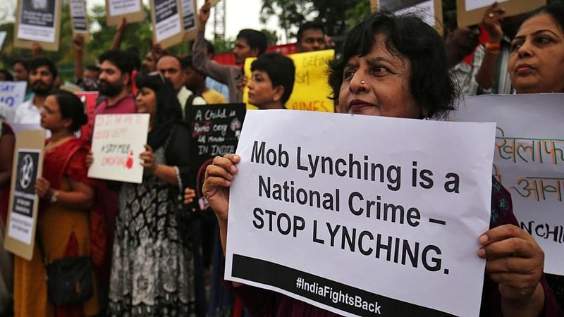 Draft mob lynching law: 7 years to life imprisonment; can also charge police officers