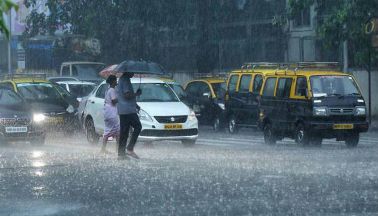 Mumbai rains get really hefty, Santa Cruz records 108 mm in three hours, more showers through the day