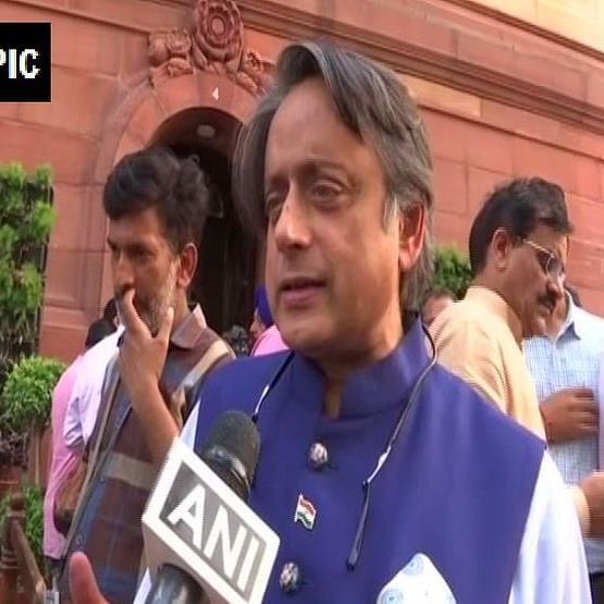 "Kerala Pradesh Congress Committee seeks explanation from Shashi Tharoor for ""Modi praise"""