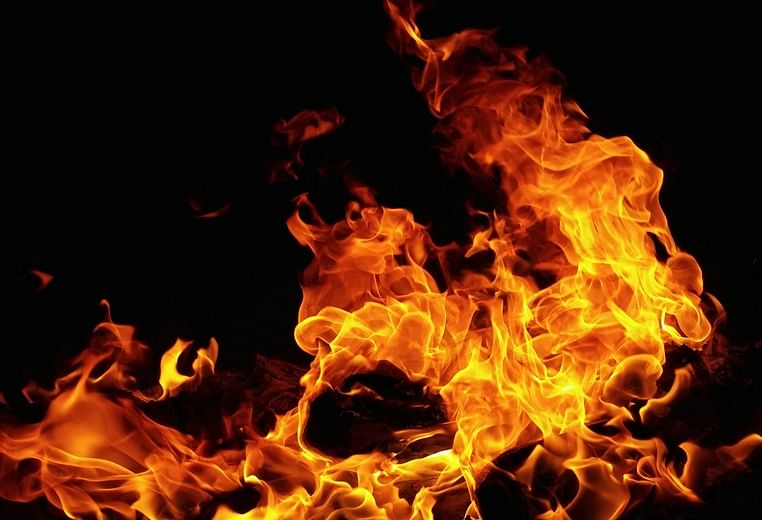 Mumbai: Fire breaks out at godown in Sakinaka, no casualty reported