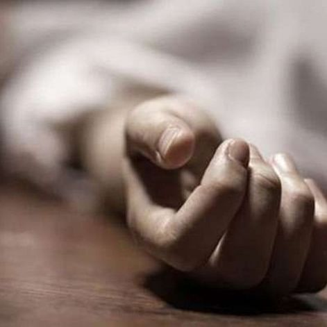 Mumbai: 30-year-old woman poisons two minor daughters, then commits suicide