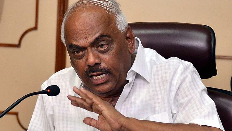 Karnataka Speaker to meet 3 rebel Congress MLAs today