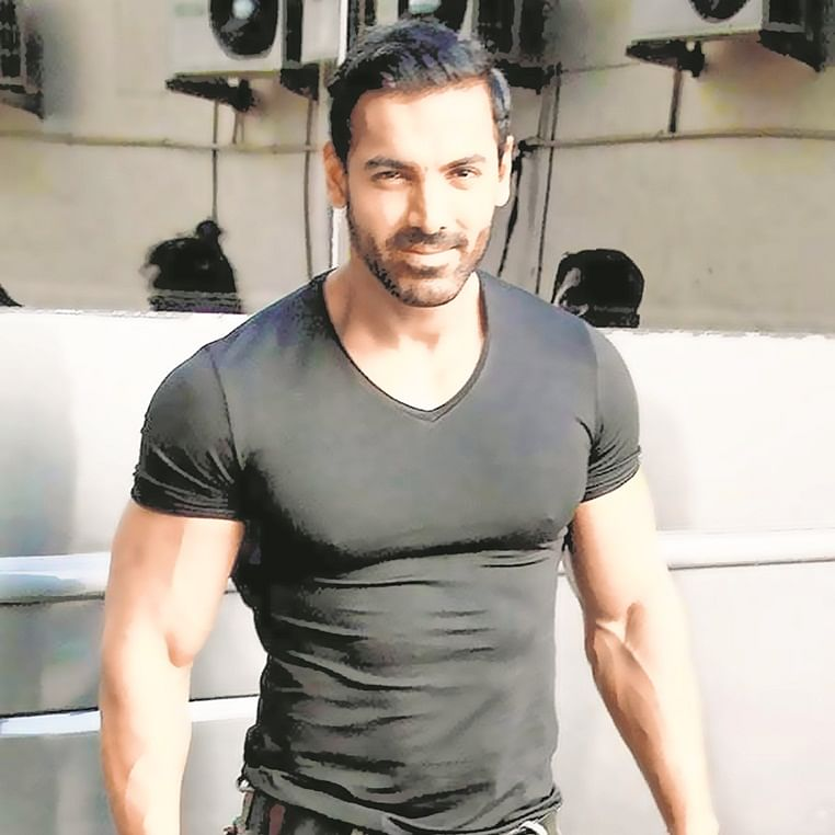 Celebrity Fashion: John Abraham – I am not a brand baby