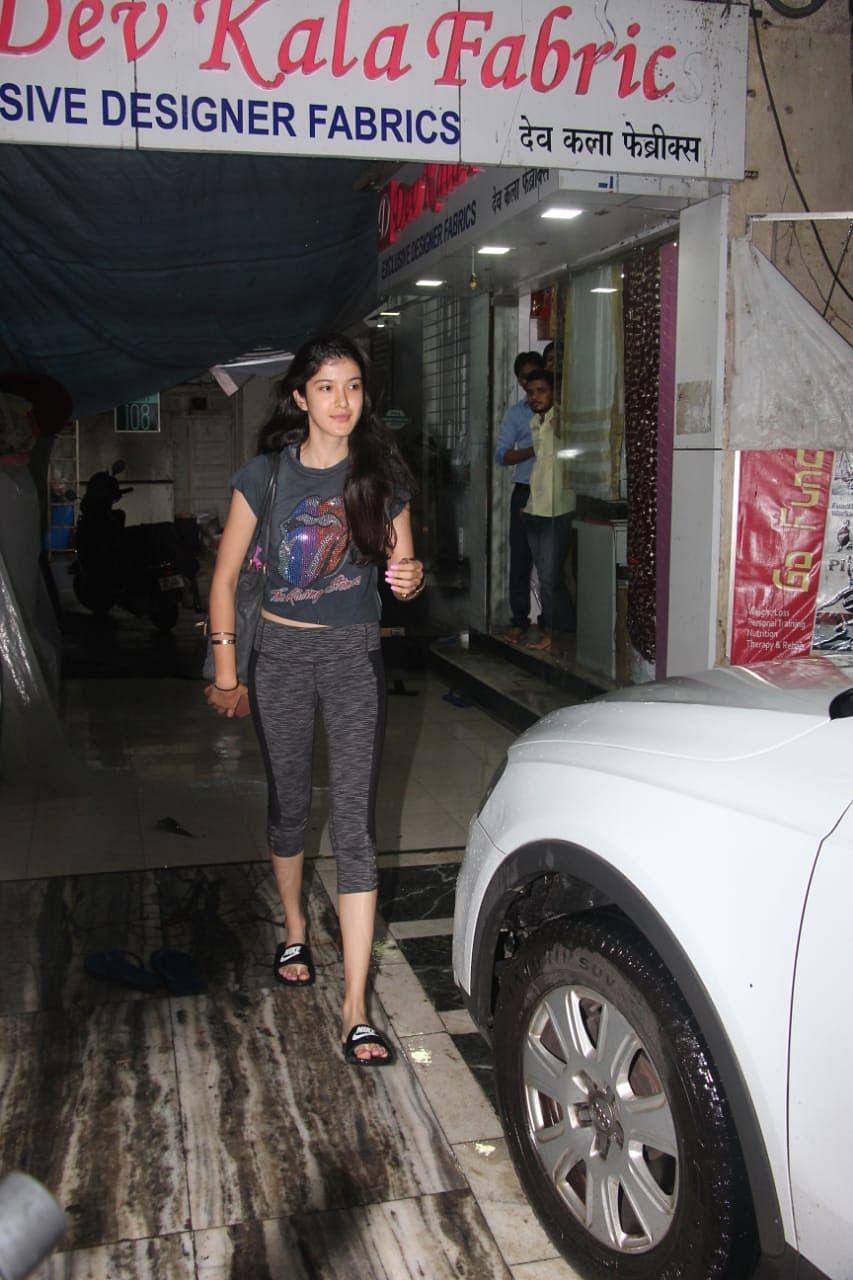 Shanaya Kapoor snapped at dance class in Khar