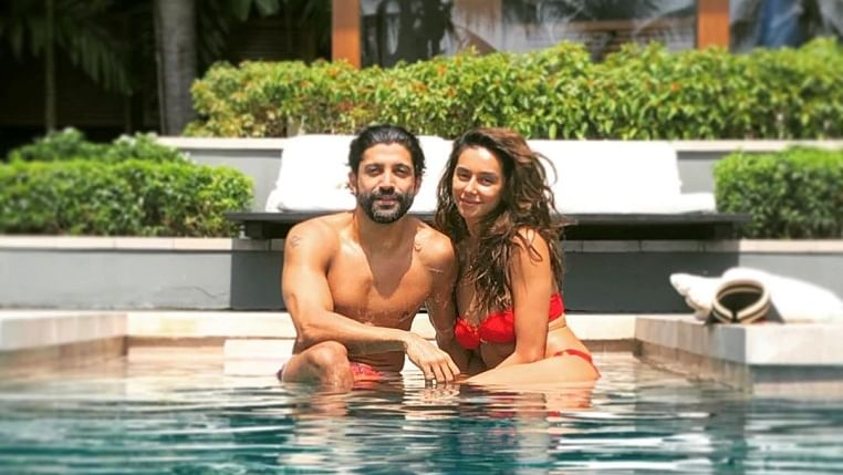 Farhan Akhtar promises GF to stay by her side in this romantic post