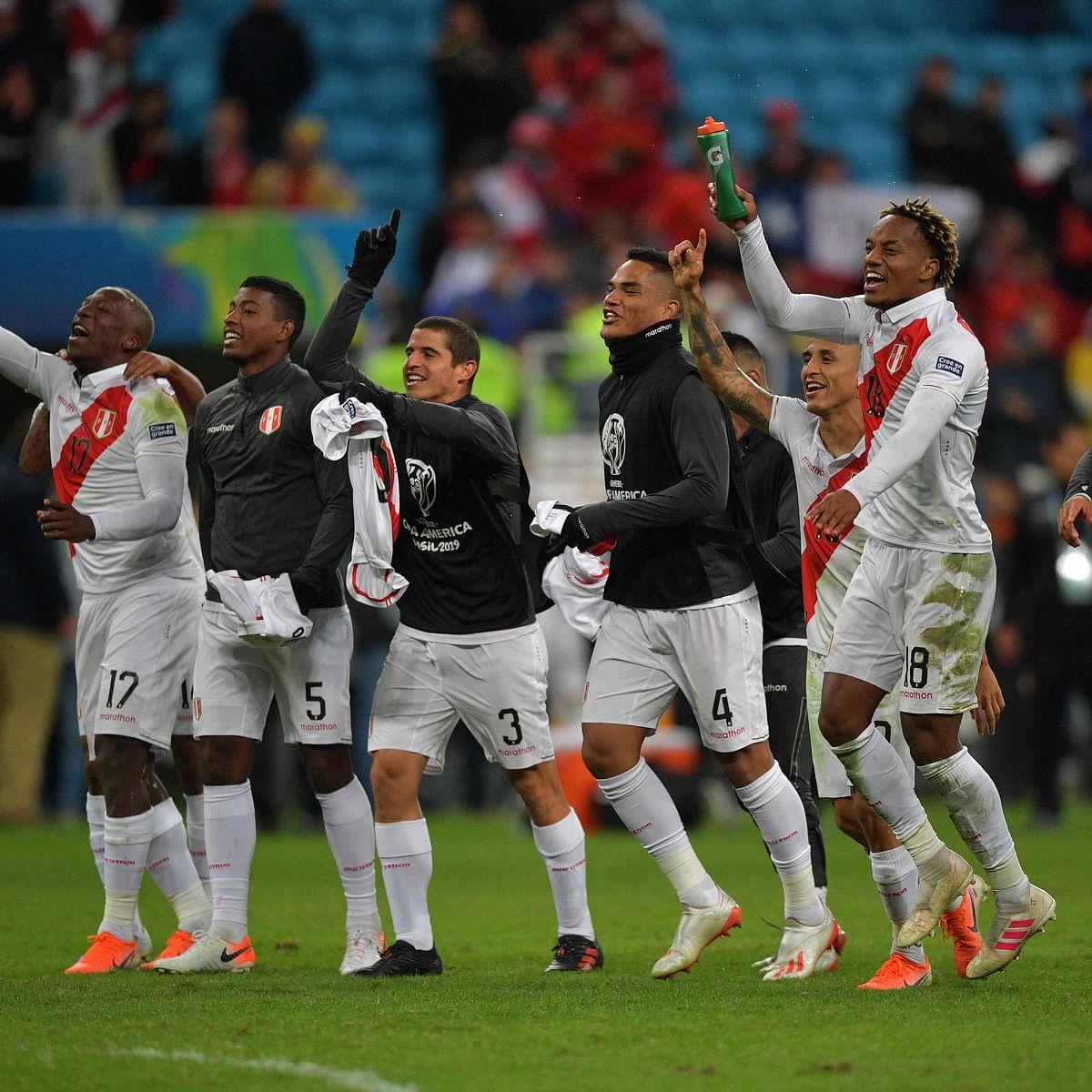 Peru stun Chile in Copa America semi-finals