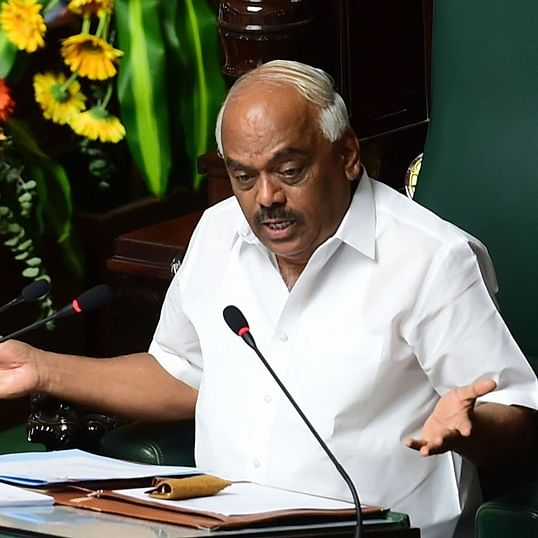 Karnataka Assembly speaker disqualifies 3 rebel Congress MLAs