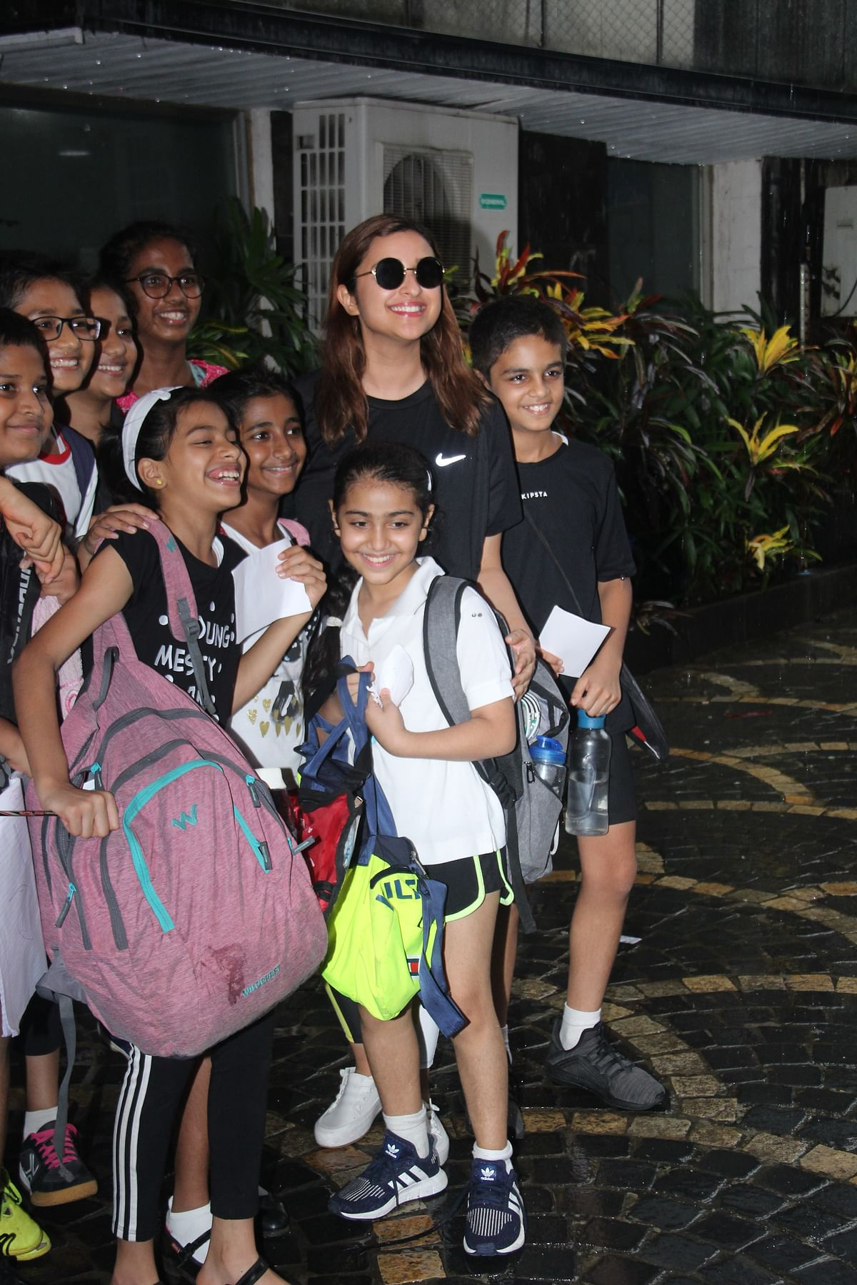 Parineeti Chopra took pictures with her little adorable fans.