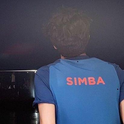 Shah Rukh Khan shares a glimpse of 'his' Simba