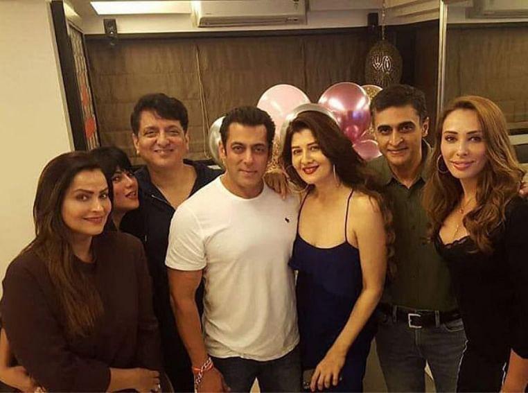 Salman Khan celebrates ex-flame, Sangeeta Bijlani's birthday in style