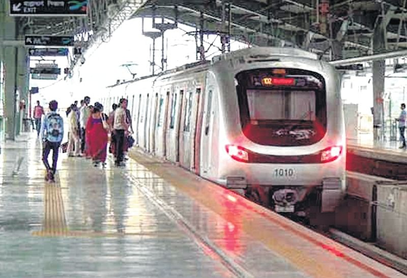 Metro One witnesses less footfalls as no feeder services are available