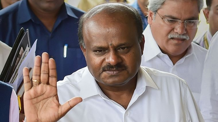 Karnataka Governor directs CM Kumaraswamy to prove majority today by 1:30 pm