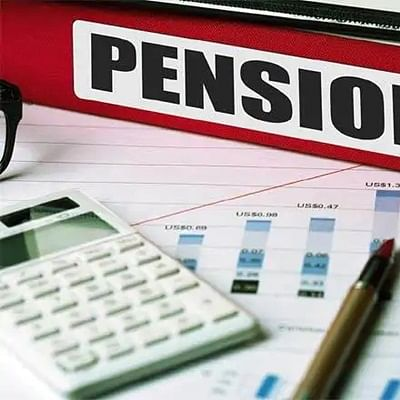 Bhopal: Teachers start demanding old pension scheme