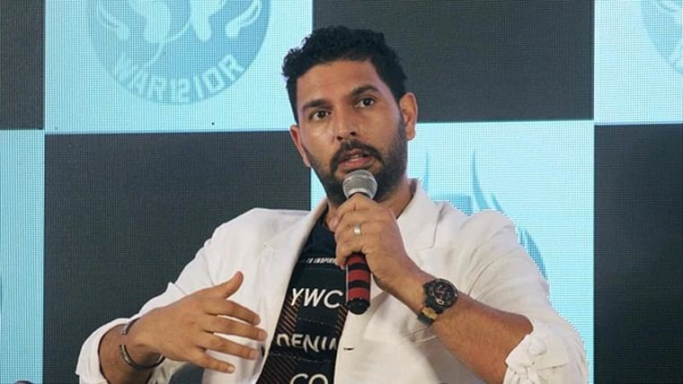 Never a chance for SA to win World Cup without you: Yuvraj tells de Villiers