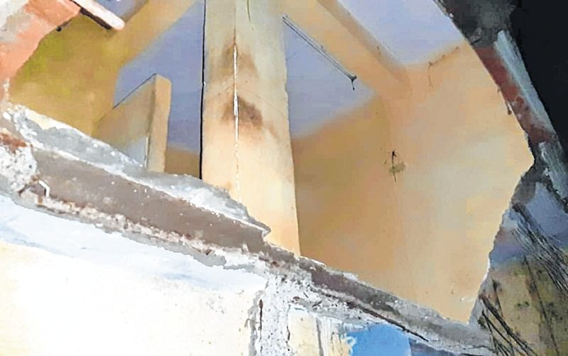 Portion of rickety building collapses in Bhayandar