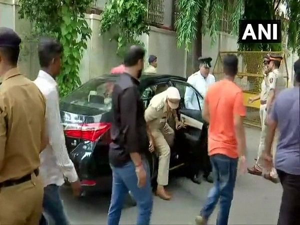 Karnataka, Mumbai police arrives at St George Hospital to meet Congress MLA Shrimant Patil