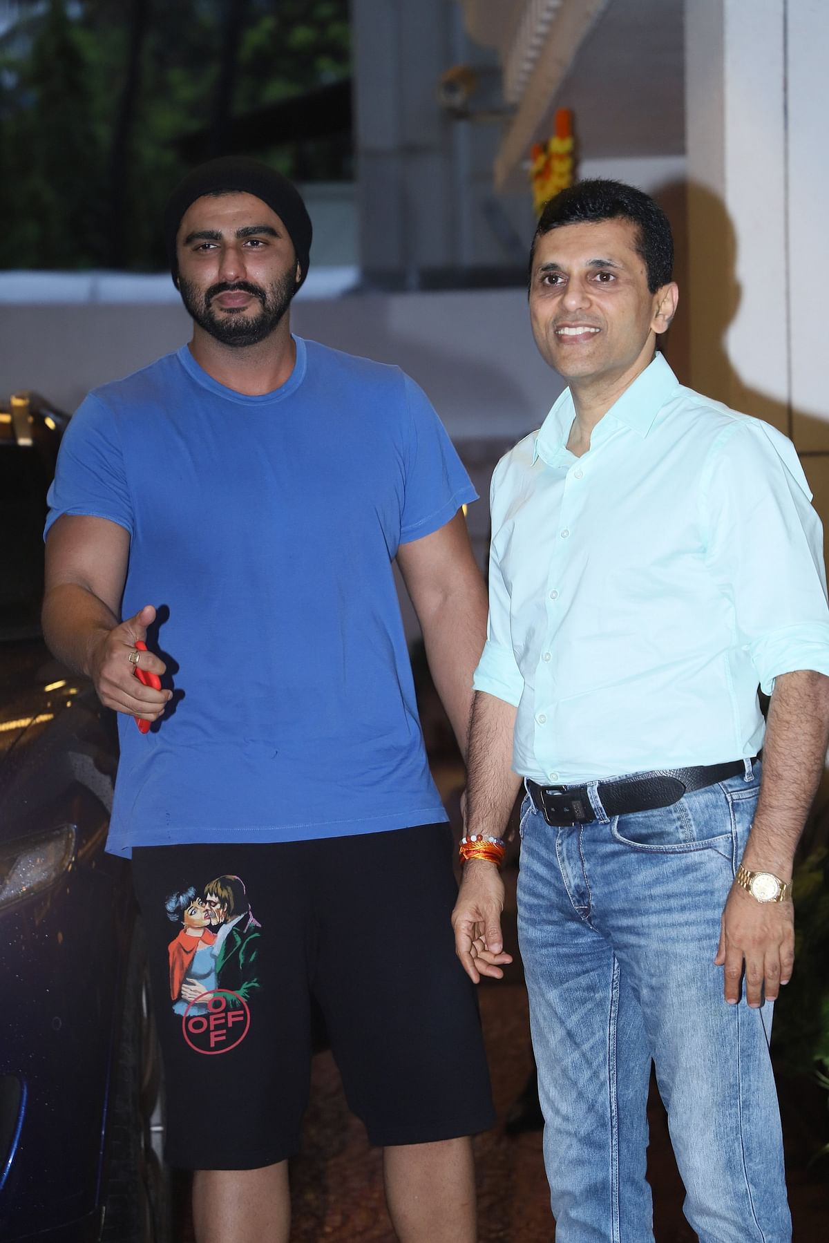 Arjun Kapoor who just came back from his vacation was seen at Anand Pandit's Office in Mumbai.