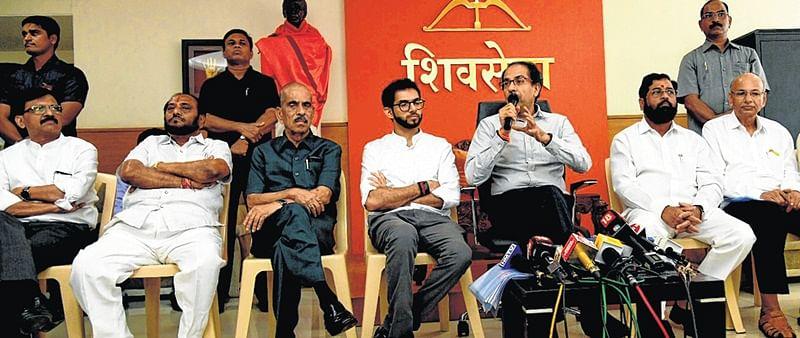 Shiv Sena to protest against insurance companies, Congress calls it a 'stunt'