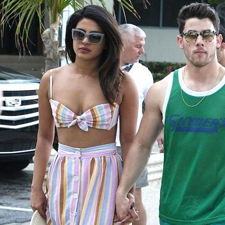 Watch Priyanka Chopra, Nick Jonas working out together!