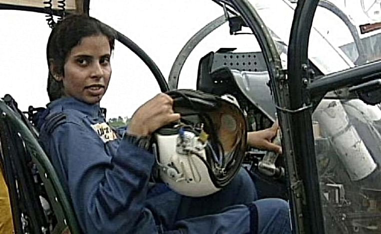 Meet Gunjan Saxena, India's lone warrior in Kargil War, whose role Jhanvi Kapoor will essay in her next