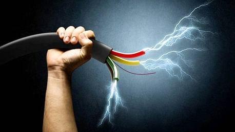 Gujarat: Worker dies in Surat due to electric shock