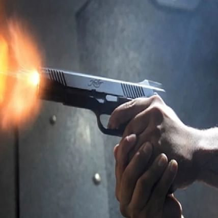 Gang opens fire, tries to kill 28-year-old contractor in Navi Mumbai restaurant; police detain two