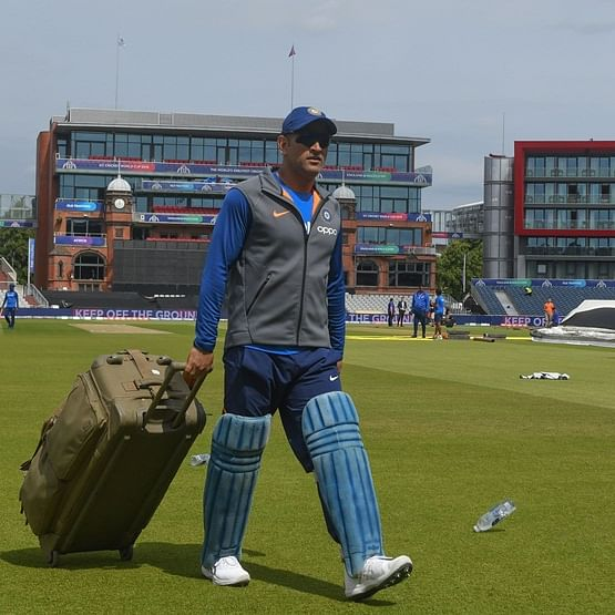 MS Dhoni likely to join BJP after retiring from cricket