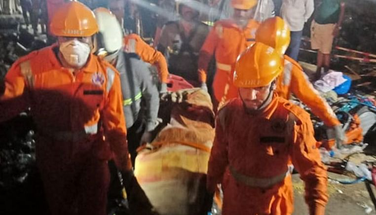 23 feared dead after dam breach in Maharashtra; 11 bodies recovered