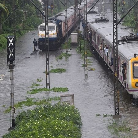 Mumbai Rains Live Updates! CSMT-Kalyan trains will be running at cautious speed for sometime to clear mid section bunching