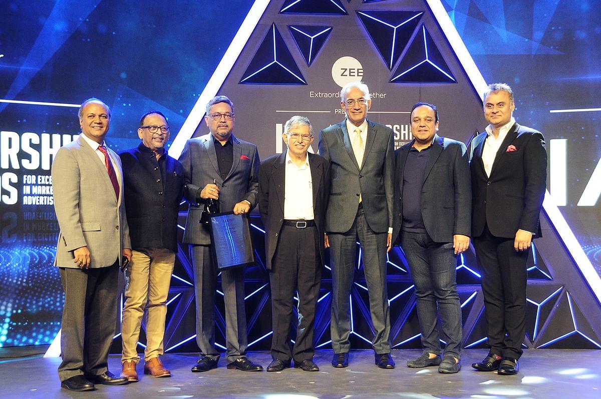 (Left to Right) Ramesh Narayan, Pradeep Guha, Kaushik Roy, Sam Balsara, Srinivasan K Swamy, Punit Goenka, Neeraj Roy