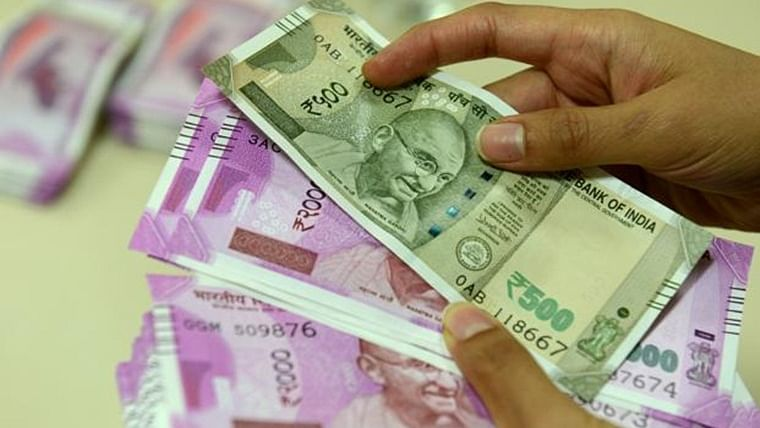 7th Pay Commission: Central government employees likely to get pay hike up to Rs 10,000, says report