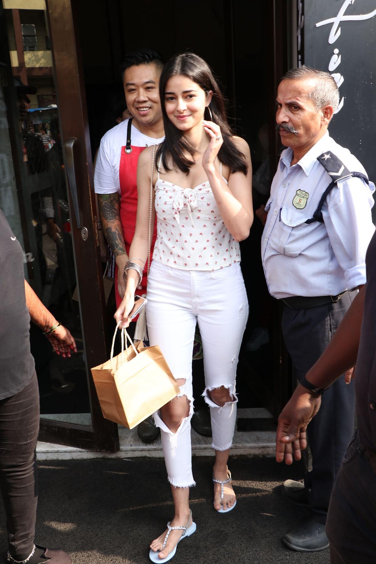 The young generation of Bollywood Ananya Panday, Khushi Kapoor, Shanaya Kapoor enjoyed Sunday lunch at Bastian in Bandra.