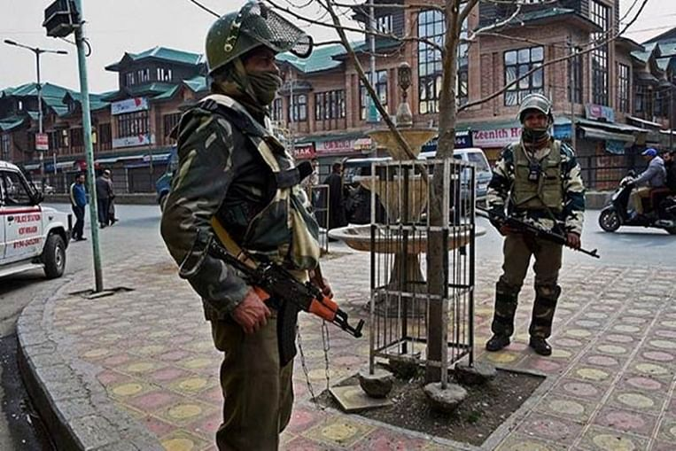 Ahead of Eid, Internet and phone services partially restored in Kashmir