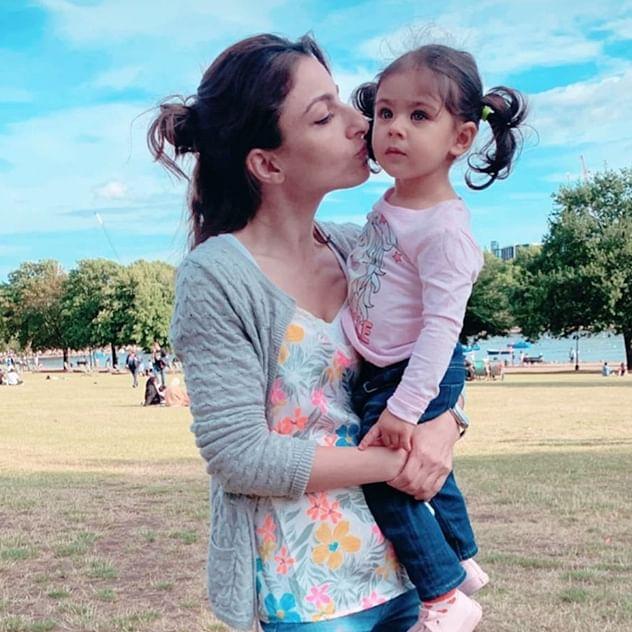 #FreedomToFeed: When Soha Ali Khan had to 'pump breastmilk' in an airplane bathroom