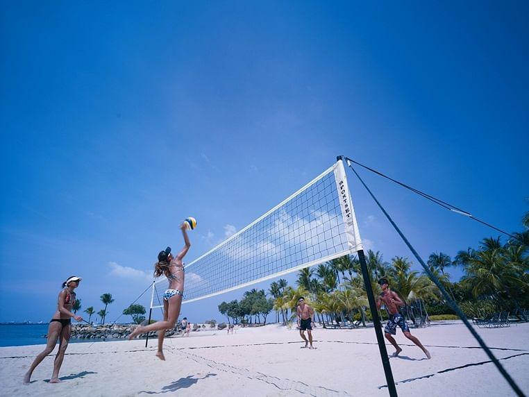 Shangri-La Rasa - Volleyball at Siloso Beach