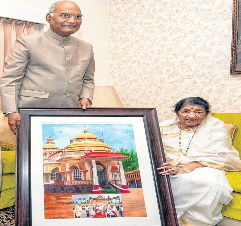 Mumbai: President Ram Nath Kovind comes calling on Lata didi