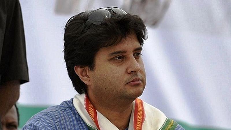 Jyotiraditya Scindia joins chorus backing Art 370, Congress is clueless