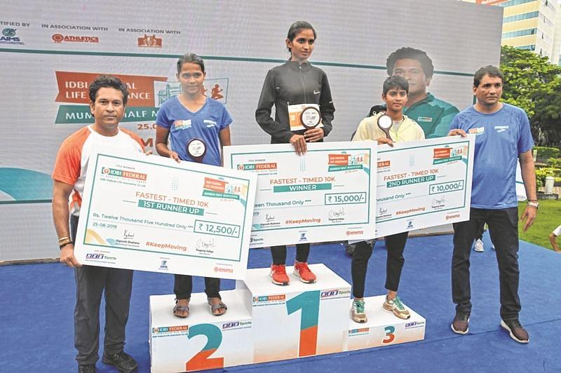 Mumbai Half Marathon: Robin Singh, Varsha Namdev Bhawari take top honours