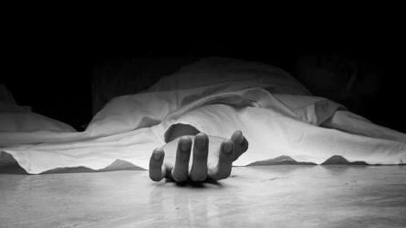 UP: Man makes wife drink mosquito repellent, strangles her to death for talking to another man on WhatsApp