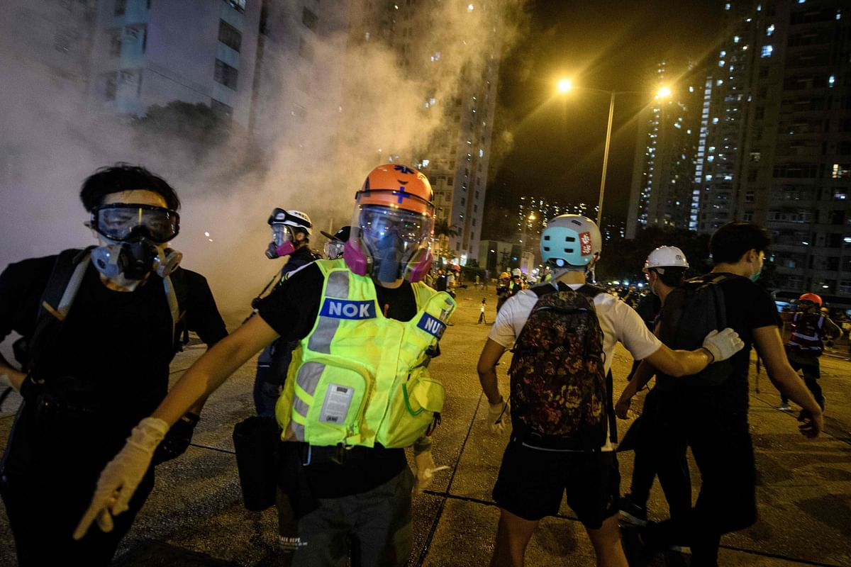 Hong Kong: Protestors defy ban, use petrol bombs, water balloons against police