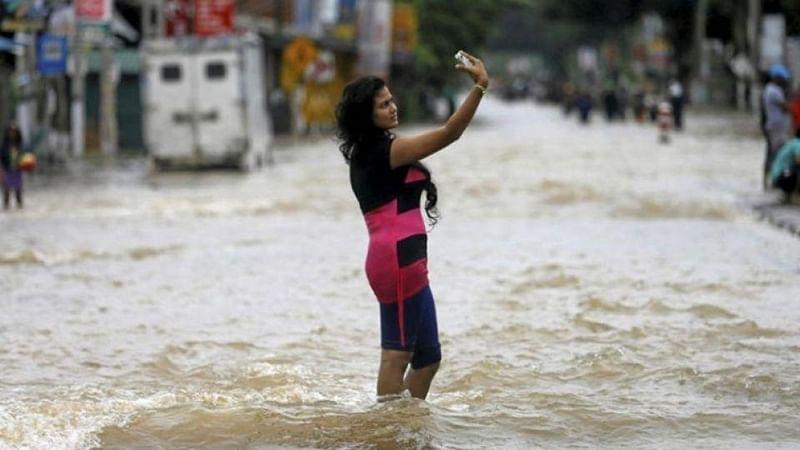 Mumbai: Flood selfies an offence, now