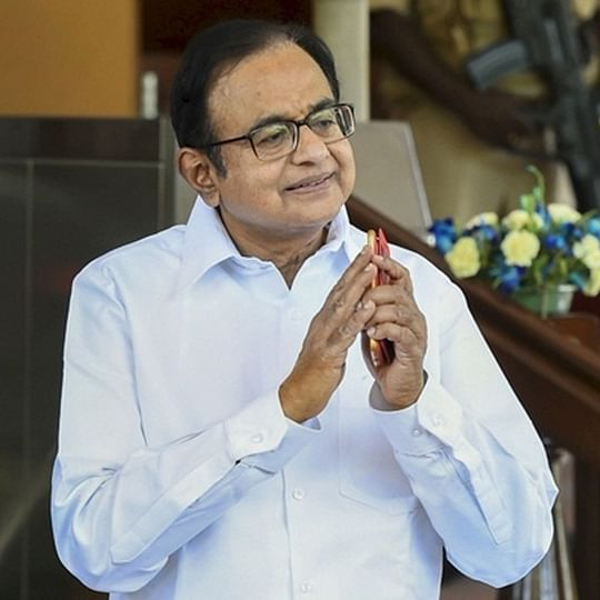 Chidambaram continues to remain missing, CBI pastes notice on his gate asks him to appear within 2 hours