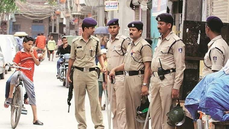 Bhopal: In pre-dawn raids, 330 cops swoop on drug dens, arrest 31