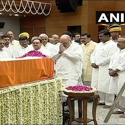Union ministers, leaders pay last respects to Arun Jaitley at BJP headquarters